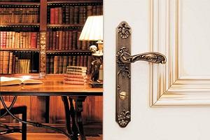 Ручки дверные на длинной накладке